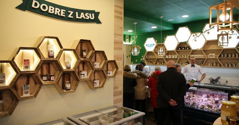 Pierwszy sklep Lasów Państwowych
