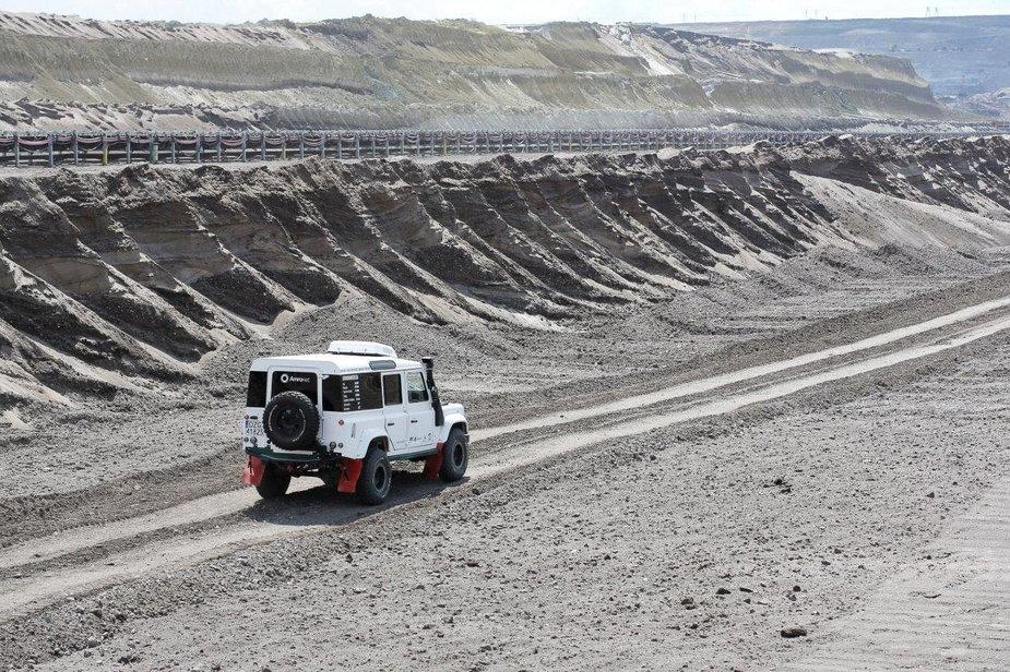 W bełchatowskiej kopalni węgla trwają testy samochodu terenowego napędzanego elektrycznie