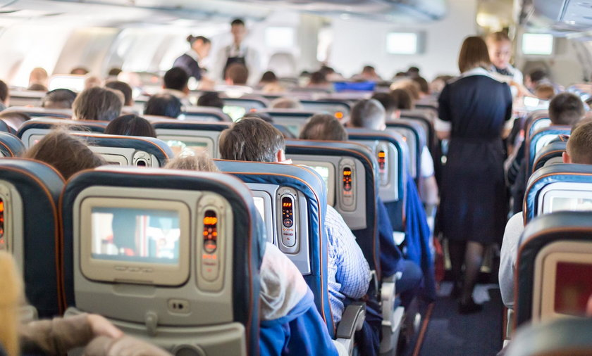 Pasażerowie w samolocie