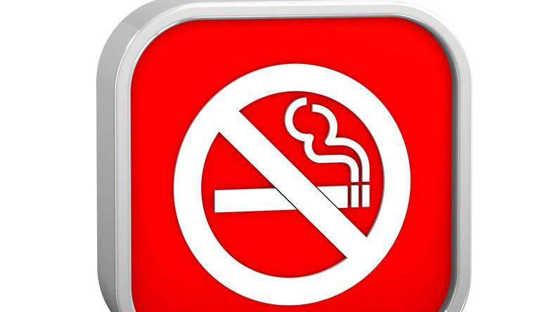 Zakaz palenia w miejscach pulicznych od 15 listopada