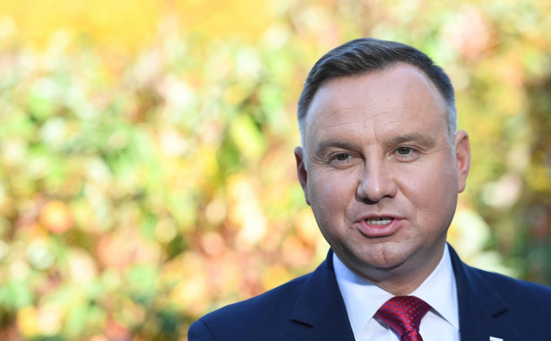 """Jeśli którykolwiek zarzut z przedstawianych szefowi NIK Marianowi Banasiowi w mediach okaże się prawdziwy, to musi on odejść; no mercy, nie ma litości - powiedział w wywiadzie dla poniedziałkowego wydania """"Polski Times"""" prezydent Andrzej Duda."""