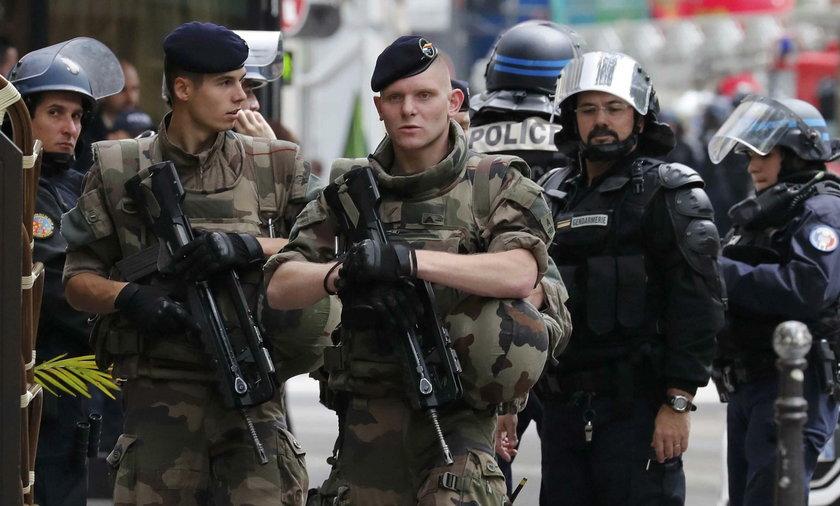 Napastnik we Francji