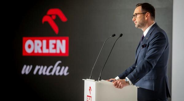 Przejęta przez Orlen spółka Ruch ma pomagać sieciom omijać zakaz handlu