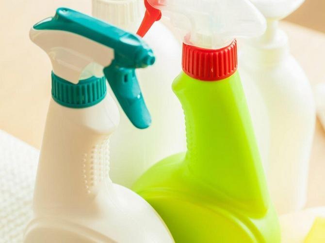 Ovih 8 stvari u kući mnogo su PRLJAVIJE od WC šolje, a četvrtu UVEK zaboravite da oribate!