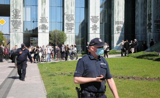 Ewakuacja pracowników Sądu Najwyższego