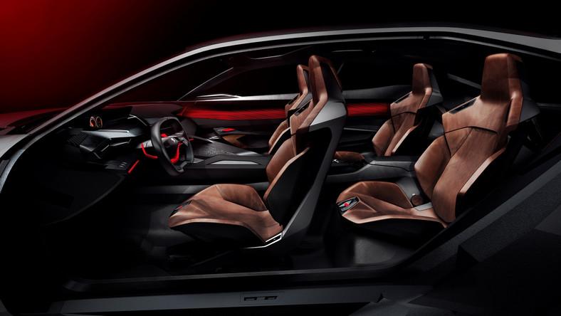 W trybie ZEV, samochód może przejechać aż 50 km wykorzystując jedynie energię akumulatora, który można ładować ze zwykłego gniazdka. W trybie drogowym, silnik spalinowy pracuje razem z przednim silnikiem elektrycznym, aby zapewnić maksymalne ładowanie w fazie hamowania.