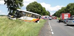 Dramatyczny wypadek autokaru! 28 małych dzieci w szpitalu
