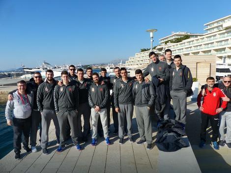 Rukometaši Srbije u šetnji pored mora