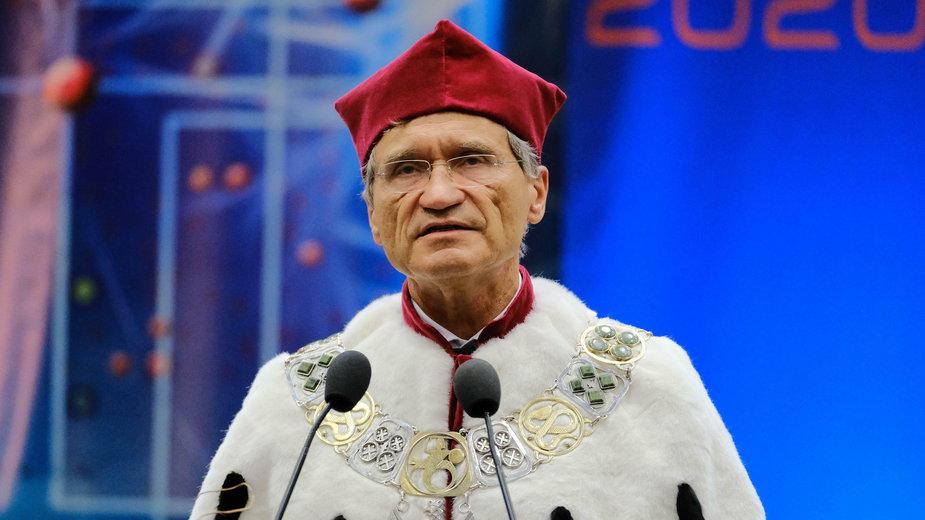 Rektor Warszawskiego Uniwersytetu Medycznego prof. Zbigniew Gaciong