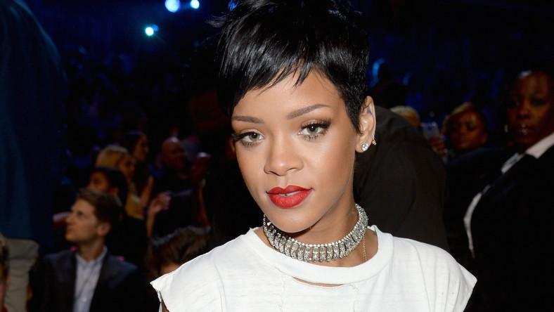 Rihanna porównuje paparazzich do nazistów