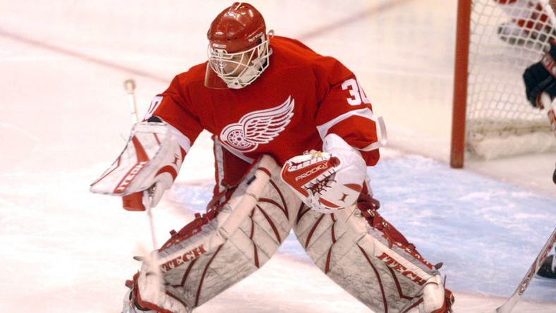 Po 17 latach w NHL Osgood zakończył karierę