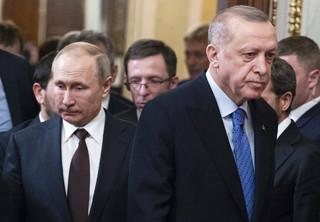 Sułtan i car. Dlaczego dwaj autokraci - Erdoğan i Putin - odkryli, że mają ze sobą wiele wspólnego