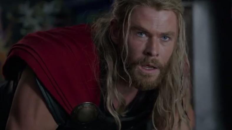 """Kadr z filmu """"Thor: Ragnarok"""". Premiera 25 października 2017"""