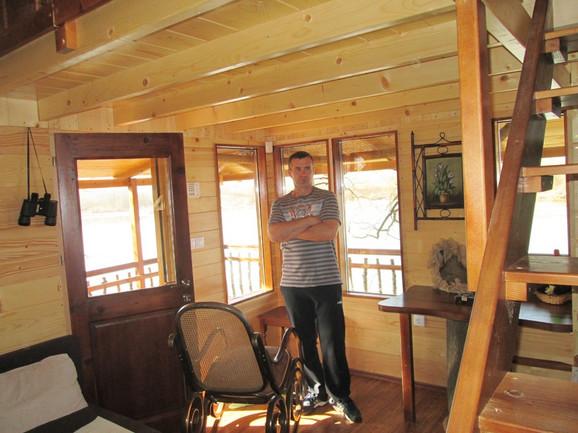 NEIMAR:Jovan je ponosan na svoju kućicu