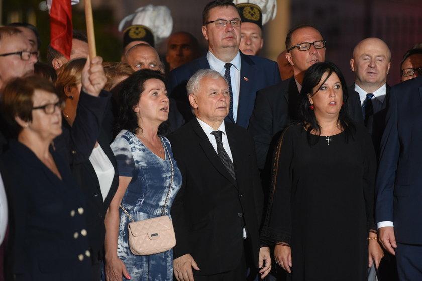 Kaczyński zdradza, kiedy skończą sięmiesięcznice smoleńskie!