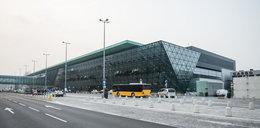 Kraków. Utrudnienia na lotnisku w Balicach