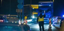Koronawirus w Polsce. Zamknięte granice. Patrole na granicy i kolejki