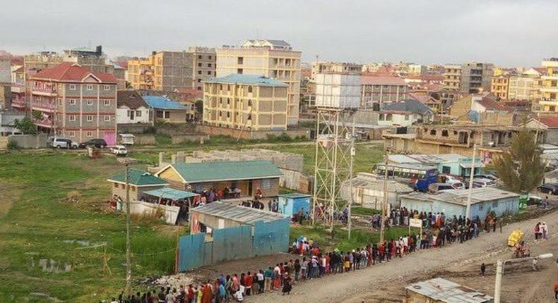 Crazy queues as Kenyans rush to beat Huduma Namba deadline