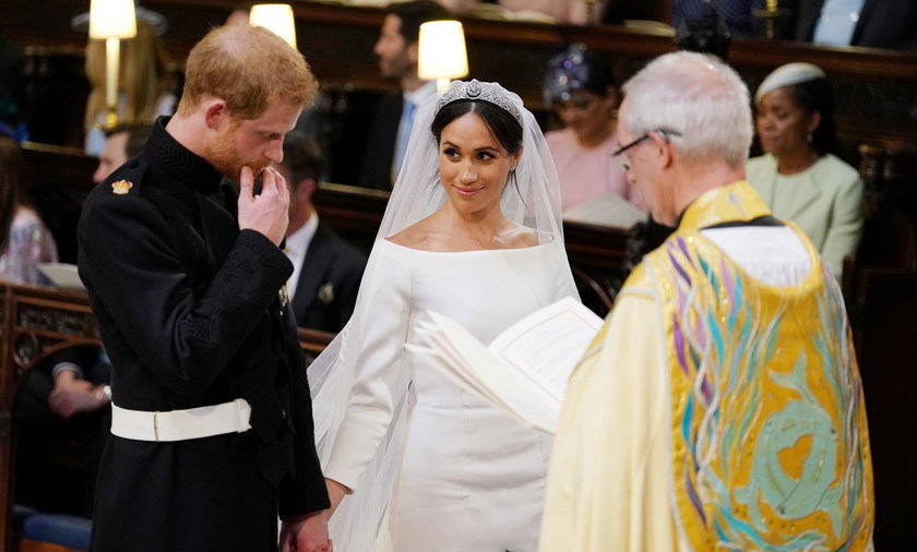 Posądzali go o bycie ojcem Harry'ego. Co robił podczas ślubu?