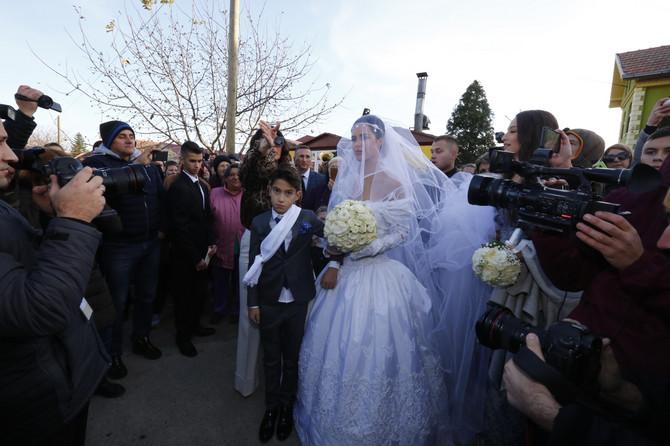 Bogdana u venčanici