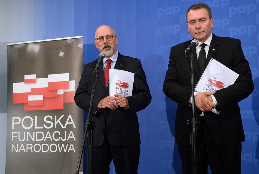 Polska Fundacja Narodowa bez Świrskiego?