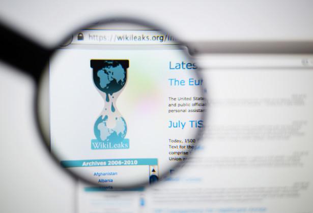 W ambasadzie Ekwadoru w Londynie zakończyło się przesłuchanie twórcy demaskatorskiego portalu WikiLeaks Juliana Assange'a