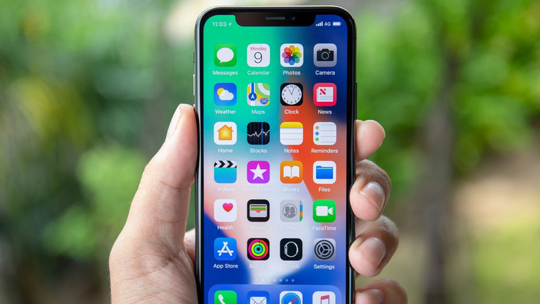 iPhone X home screen apps