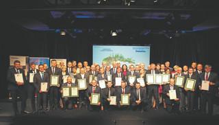 Perły Samorządu 2016: Zobacz najlepsze miasta i gminy oraz ich włodarzy