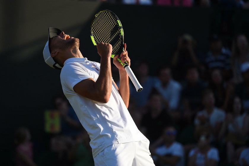 Wygląda na to, że tenisista jest już zdrowy. A nie grał zawodowo w tenisa od listopada 2017 roku.