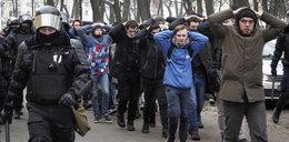 Zdjęcia z zatrzymań w Petersburgu obiegły świat. Budzą przerażające skojarzenia