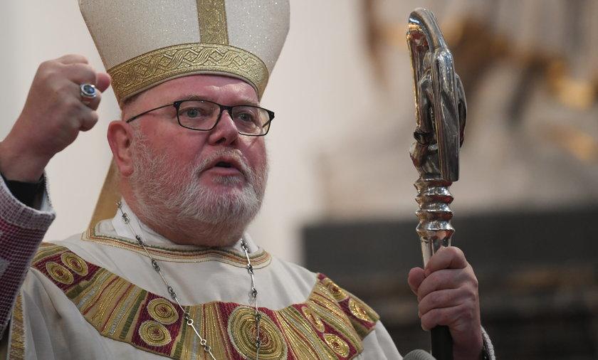 Arcybiskup złożył rezygnację. Chodzi o przestępstwa seksualne.