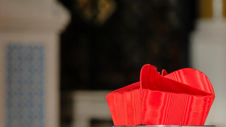Kardynał, biret