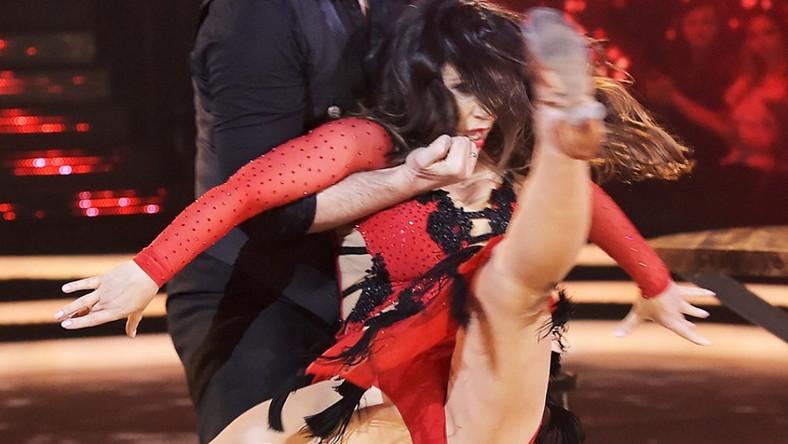 Dziennikarka pokazała w tańcu swoją ognistą naturę...