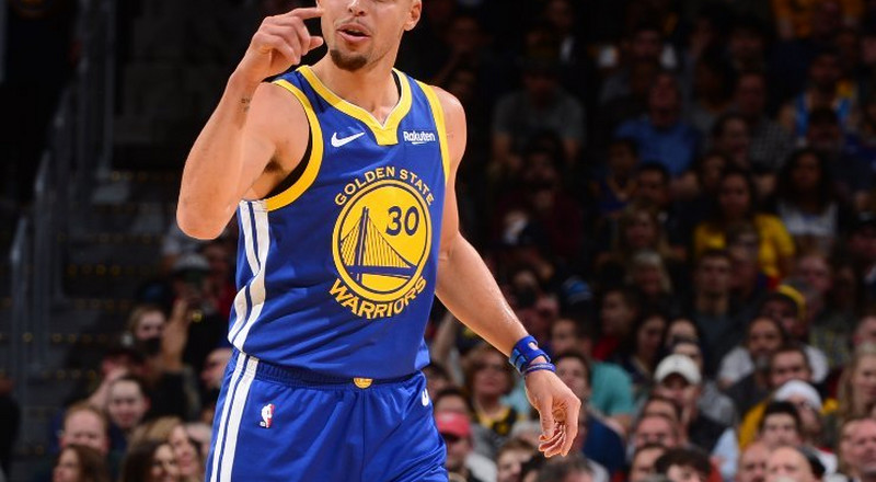Golden State Warriors set new NBA record in win against Denver Nuggets