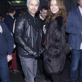 Maciej Zakościelny i Paulina Wyka na premierze w teatrze. Rzadko razem się pokazują