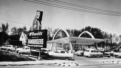 This is what it was like to go to McDonald's in the 1950s