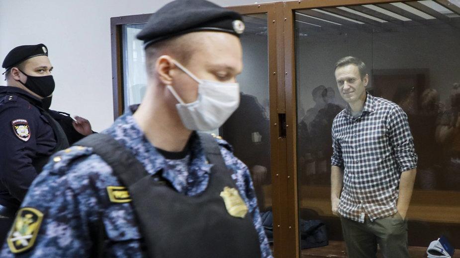 Nawalny w sądzie w Moskwie podczas jednej z rozpraw. 20.02.2021 r.