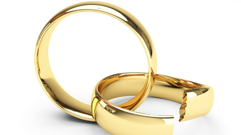 Fikcyjne małżeństwa Polek z Nigeryjczykami. 12 osób oskarżonych