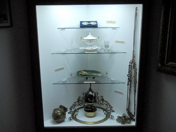 Deo iventara iz Takovskog dvorca nalazi se u Muzeju rudničko-takovskog kraja