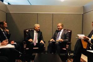 """""""PACOLI SE SASTAJAO PO ĆOŠKOVIMA, NA HOKLICAMA"""" Zašto se kosovski premijer susretao sa zvaničnicima svih """"nebitnih"""" državica sveta?"""