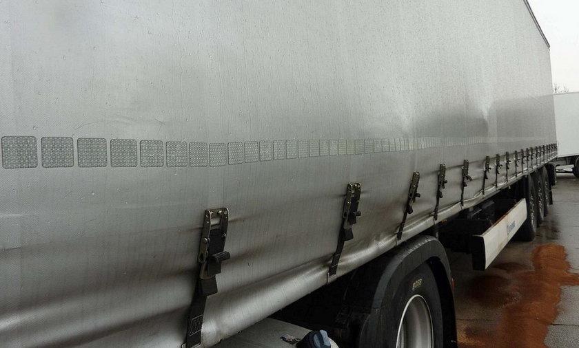Horror na niemieckiej autostradzie. Z polskiej ciężarówki ciekła krew. Wokół unosił się odór