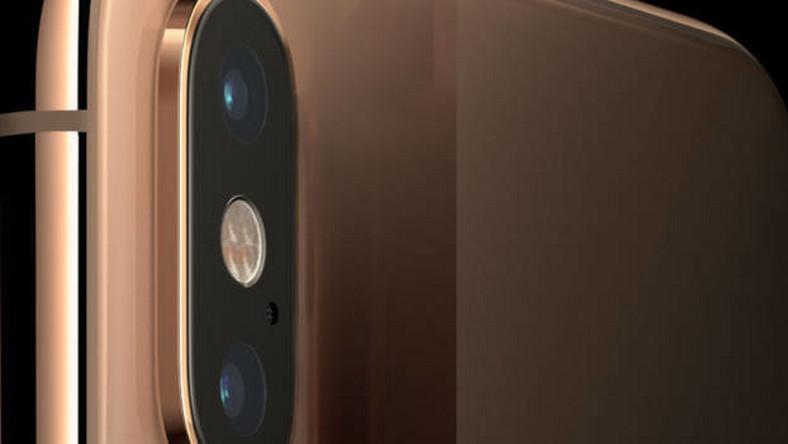 Podłącz iPhonea 5 do samochodu