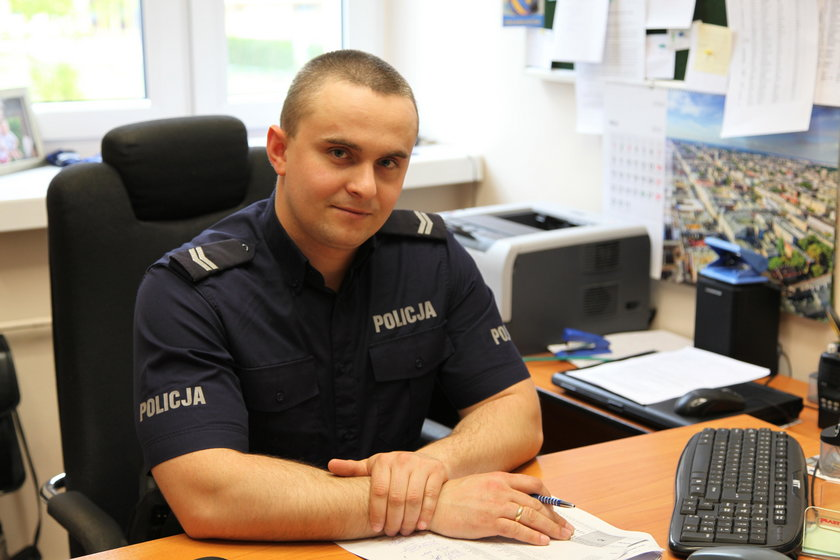 Policjanci uratowali maluszka