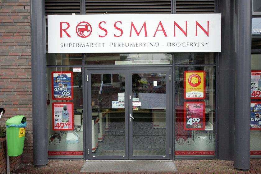 Najwięcej płaci Rossmann