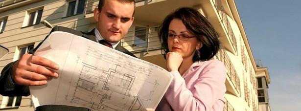 Podstawą opodatkowania w przypadku budynków jest powierzchnia użytkowa. Dotyczy to również części budynku. Pan Wiktor nie ma wątpliwości – i słusznie – że musi zapłacić podatek od powierzchni użytkowej kupionej nieruchomości.