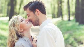 7 sygnałów, że on jest w tobie zakochany