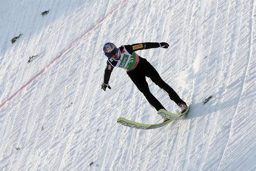 Adam Małysz drugi po pierwszym dniu mistrzostw świata w lotach w Planicy