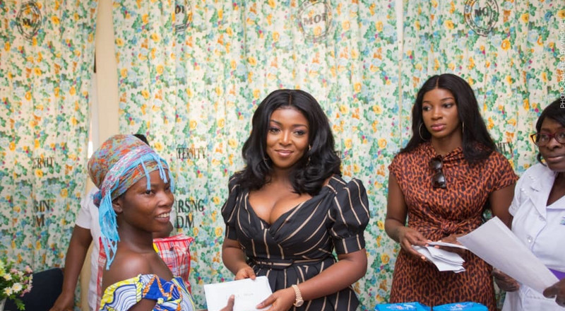Yvonne Okoro pays GHC26k medical bills for needy mothers (PHOTOS)