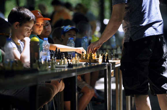 Klinci će naučiti da igraju šah