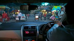 Uber testuje płatność gotówką